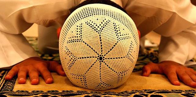 sabah-namazi-nasil-kilinir-muslim-prayer