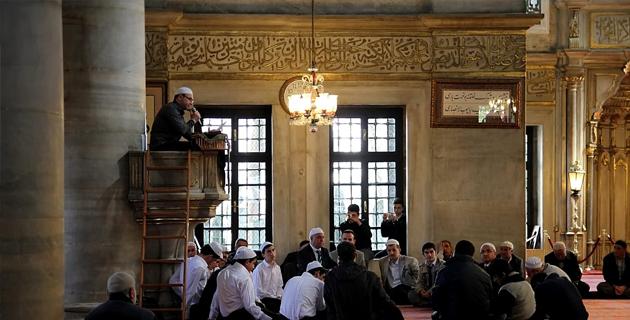 eyup-sultan-cami-ici-sohbet