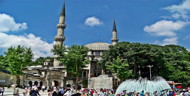istanbul-eyup-sultan-cami-mosque